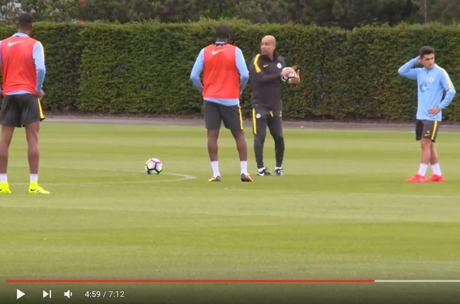 Eerste training van Guardiola bij City (video)