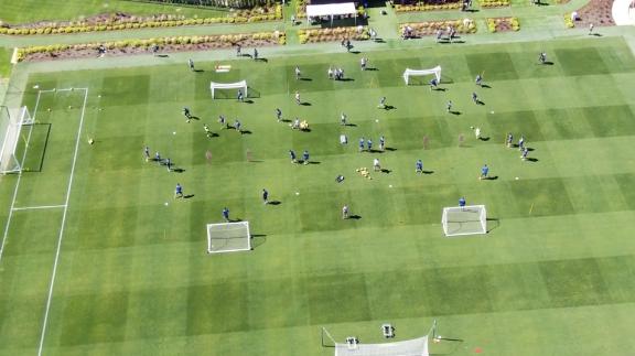 Dronebeelden training Steven Gerrard (Glasgow Rangers)