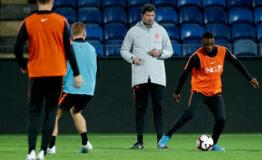 Coach Jong Oranje besteedt coronatijd nuttig