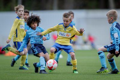 Het nieuwe pupillenvoetbal: drie clubs aan het woord