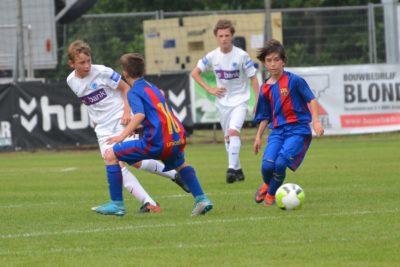 Basisprincipes binnen voetbal bij KRC Genk: 'Sneller leren denken in een hoog tempo'